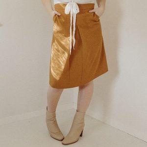 Dresses & Skirts - Vintage High-Waisted Mustard Skirt